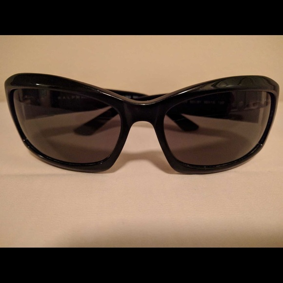 8e1db1e094822 RALPH LAUREN  RA5004 CE Polarized Sunglasses. M 5b426d7cbb7615f7cd7c7ea3